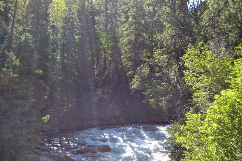 Twins Lakes river
